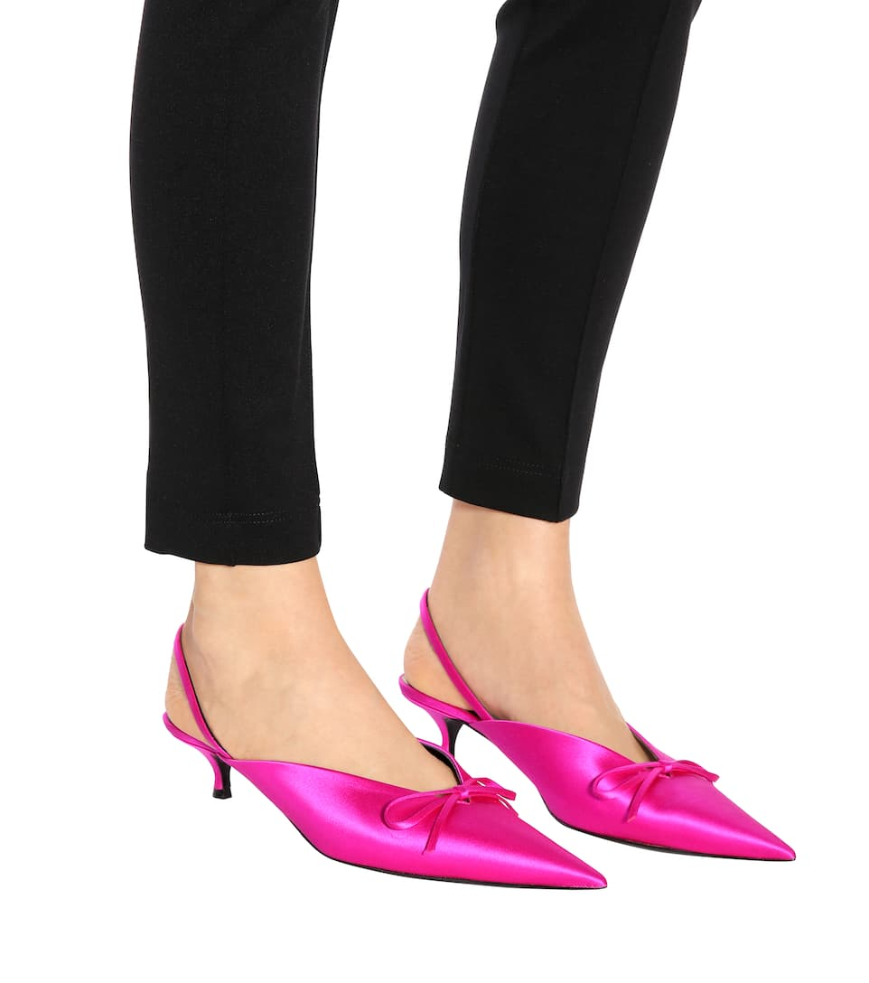 Balenciaga Slingback-Pumps Knife aus Satin