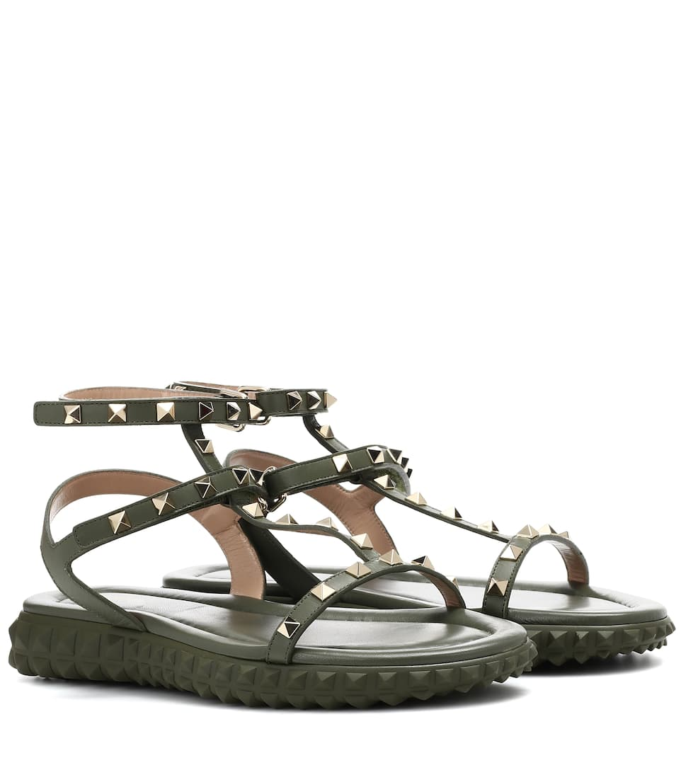 Discount Excellent Cheap Sale Manchester Great Sale Valentino Free Rockstud leather sandals Buy Cheap Best Free Shipping Inexpensive RW21d