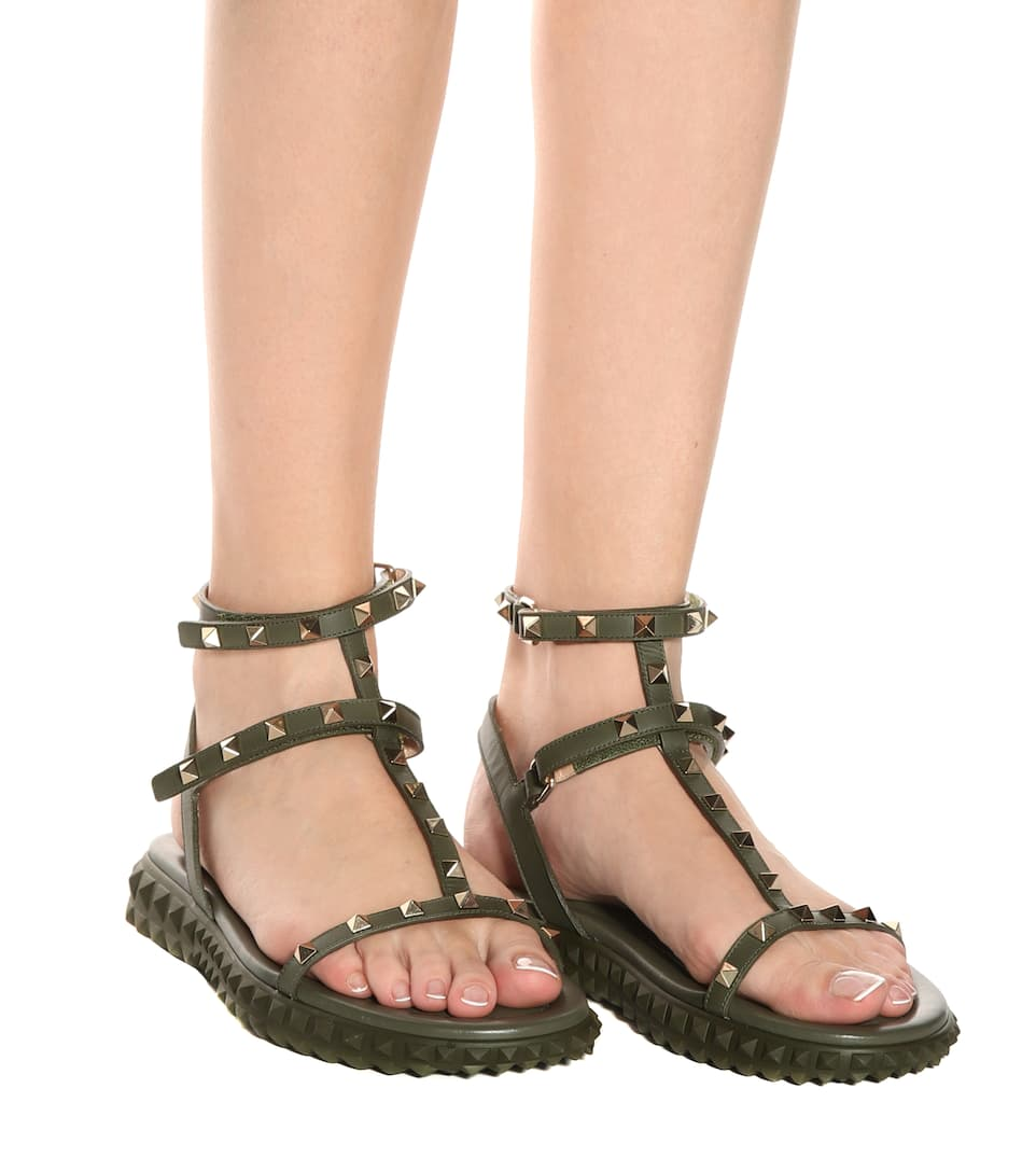 Discounts For Sale Lowest Price For Sale Garavani Rockstud leather sandals Valentino Cheapest Price Cheap Online Latest Collections Sale Online Sale Best Prices 0v8ljN
