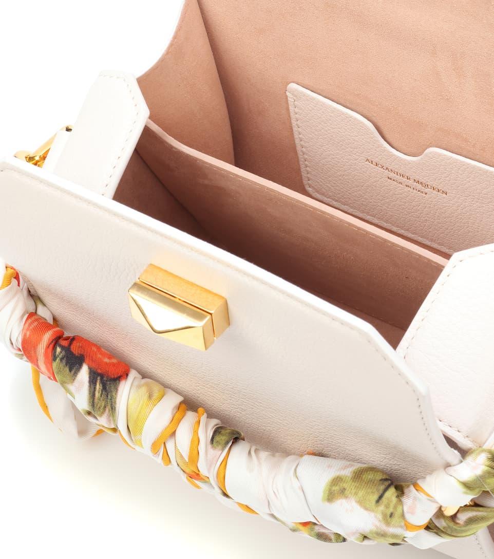Alexander McQueen Schultertasche Box 16 aus Leder und Seide