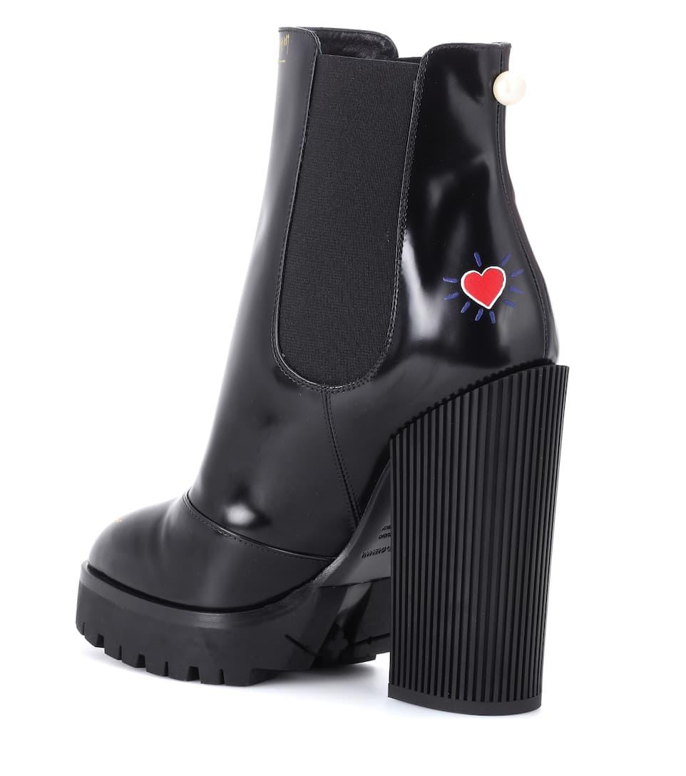 Dolce & Gabbana Ankle Boots aus Leder