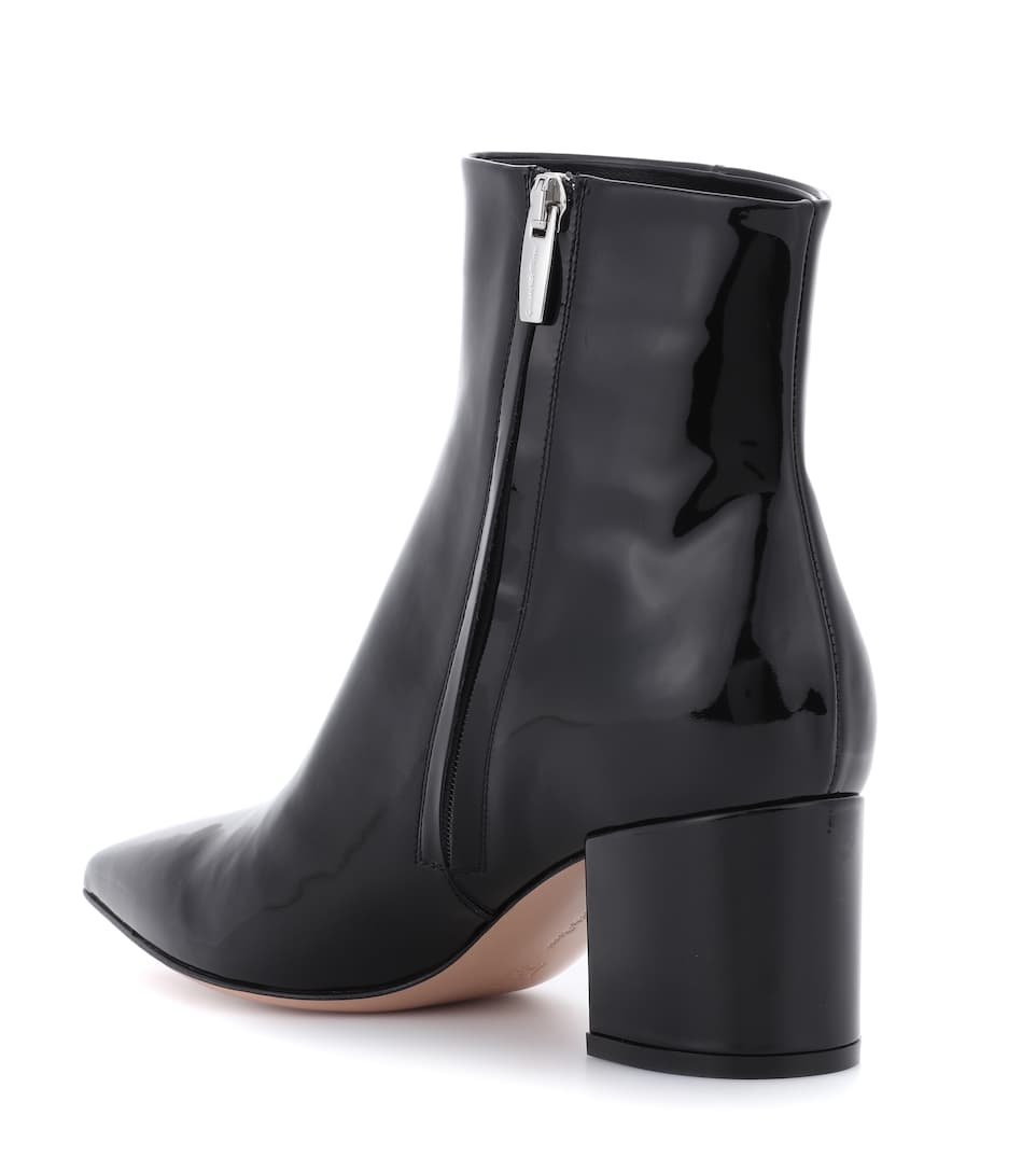 Gianvito Rossi Exklusiv bei mytheresa.com – Ankle Boots Piper 60 aus Lackleder