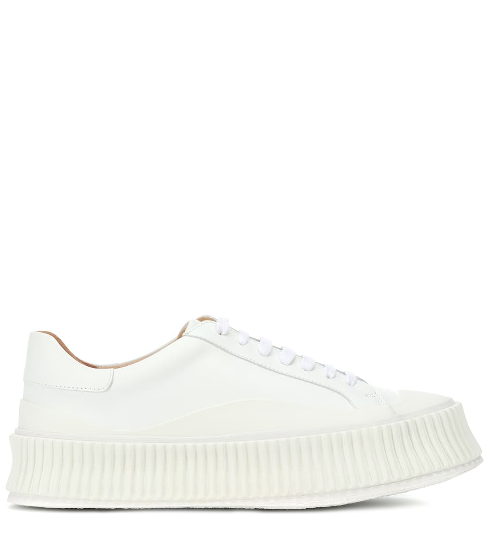 Womens Classic Leather EB Sneakers in Off White