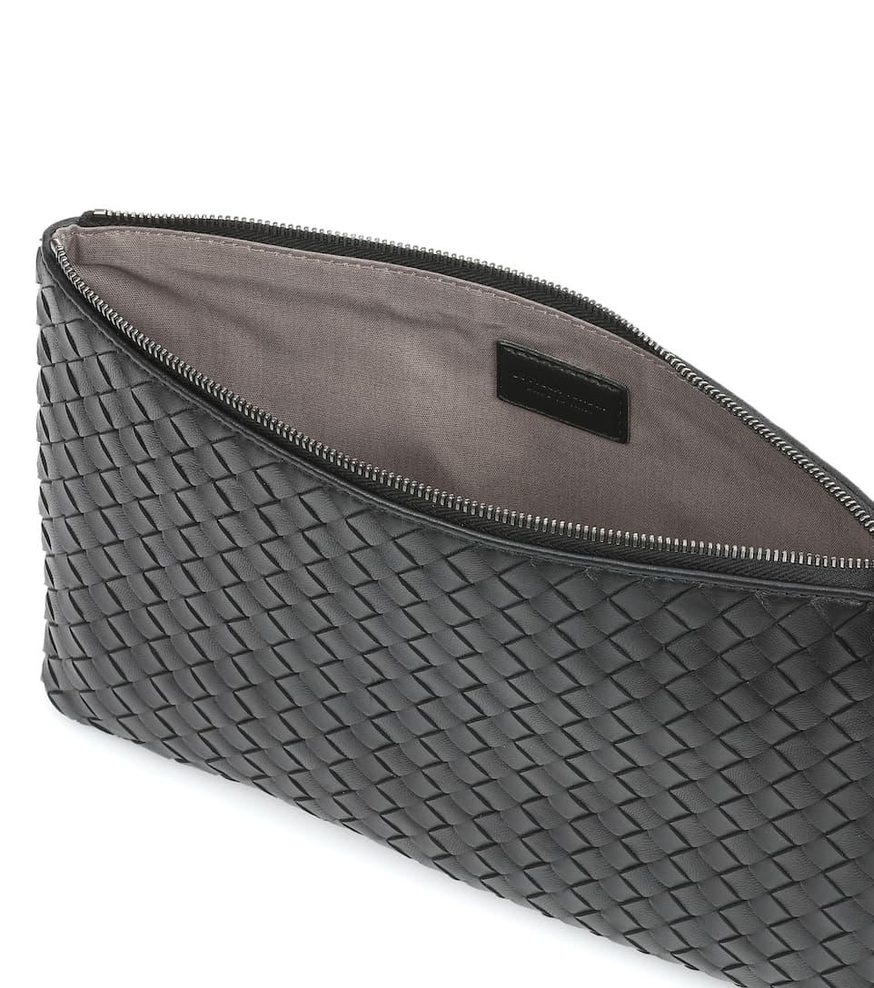 intrecciato leather clutch bottega veneta mytheresa. Black Bedroom Furniture Sets. Home Design Ideas