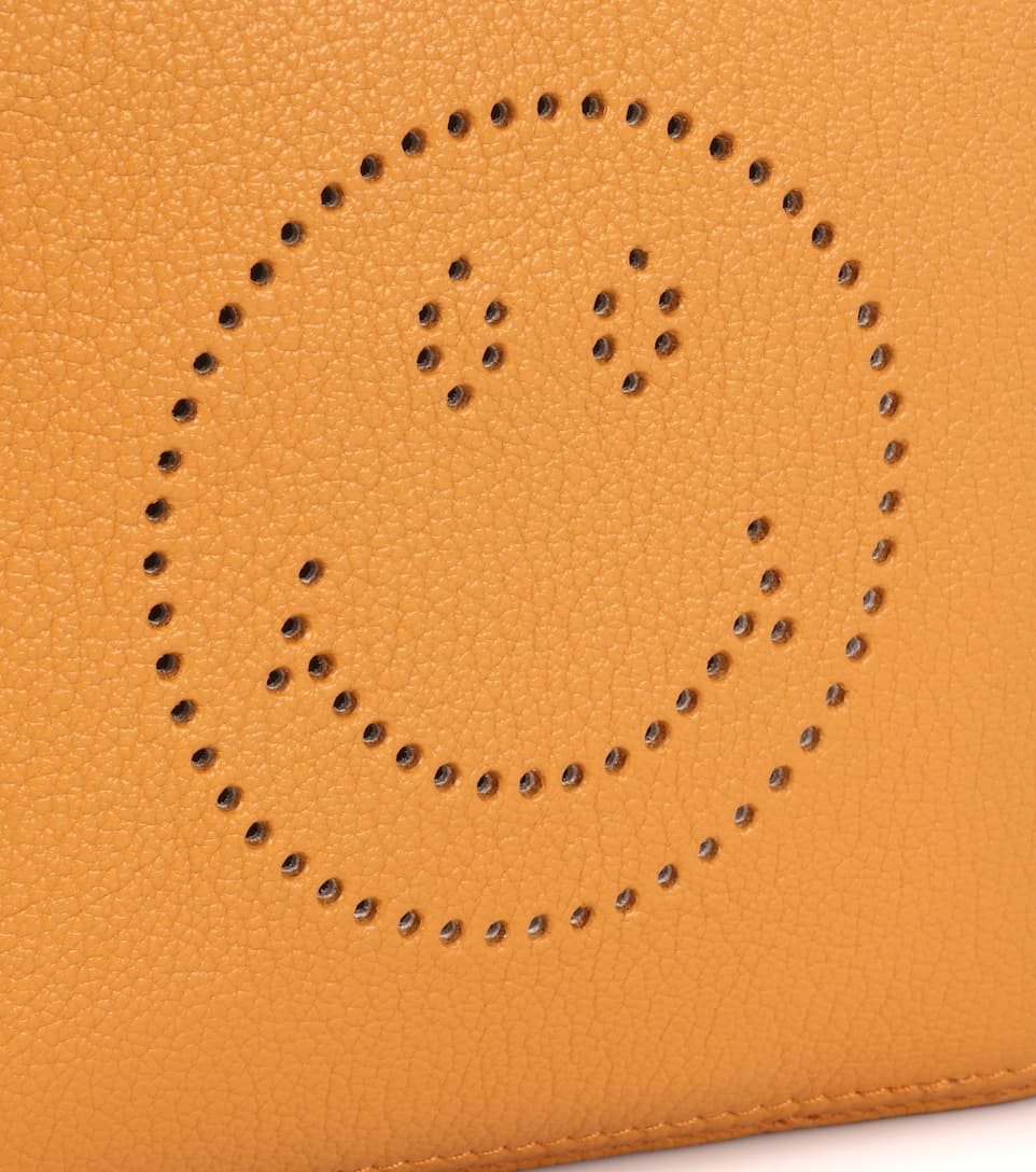Anya Hindmarch Schultertasche Smiley Crossbody aus Leder