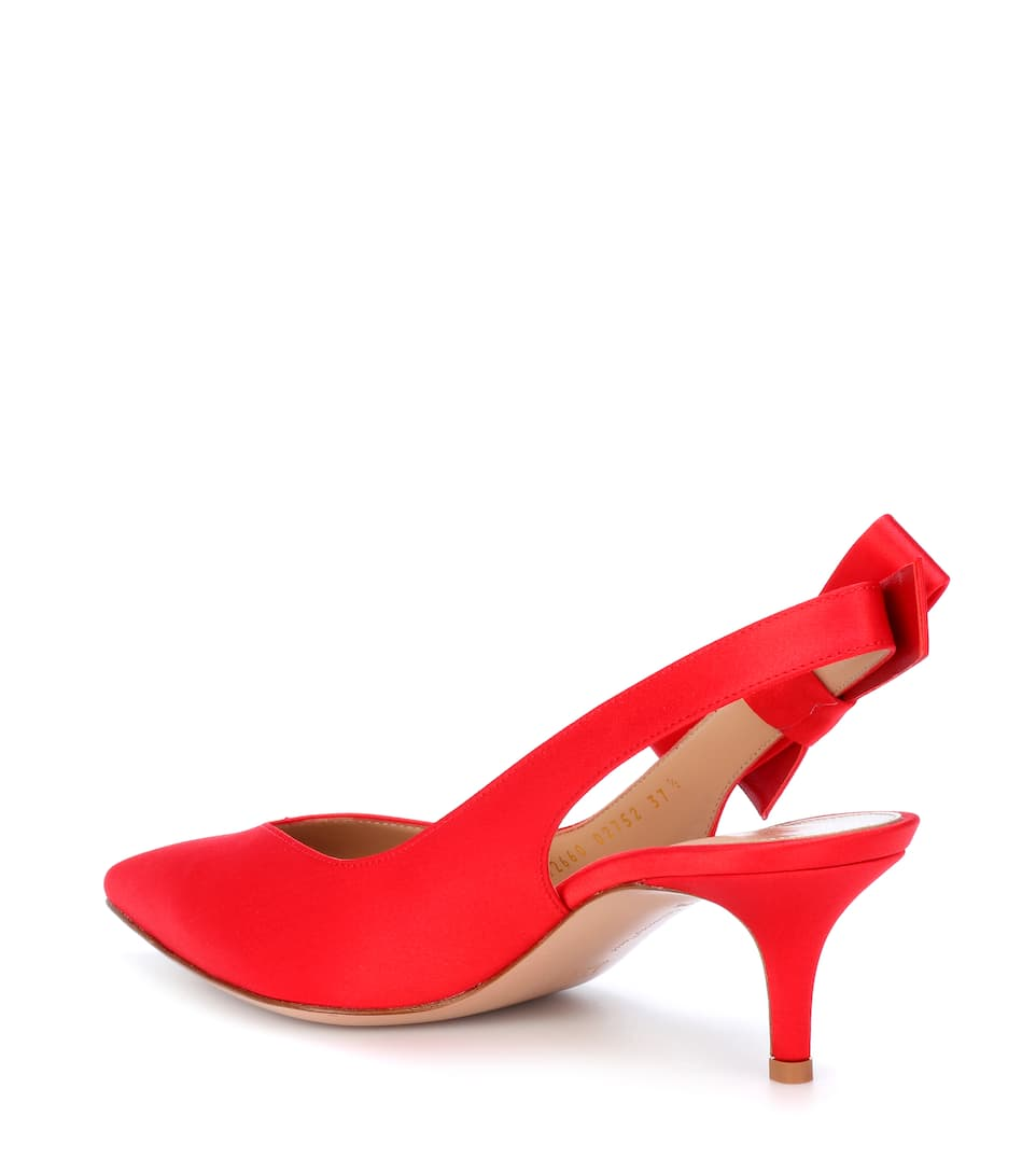 Gianvito Rossi Kyoto satin slingback pumps Tabasco Red Outlet Classic Particular Discount Exclusive For Sale Sale Extremely JOwKAq