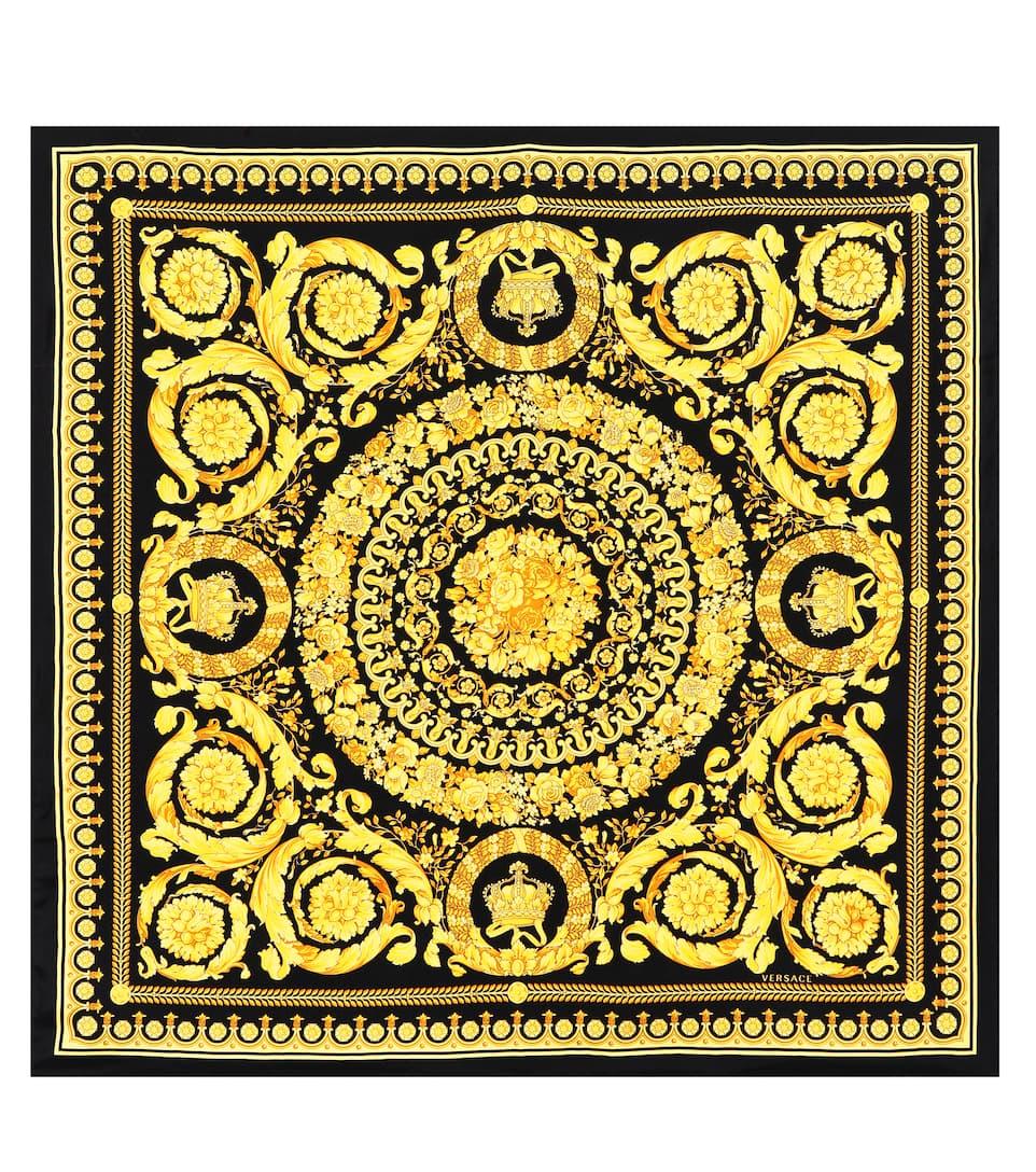 Baroque SS92 printed silk scarf. Runway. Versace 2a3912bbd2ec7