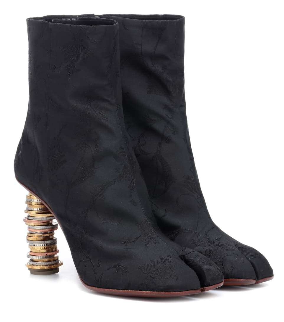 489ac8442be Vetements - Split-toe coin ankle boots