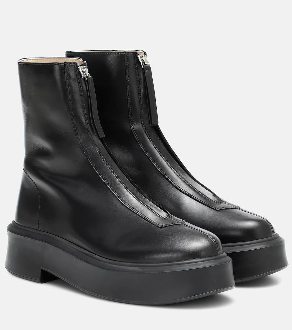 Утепляемся к осени: подборка самой модной обуви сезона