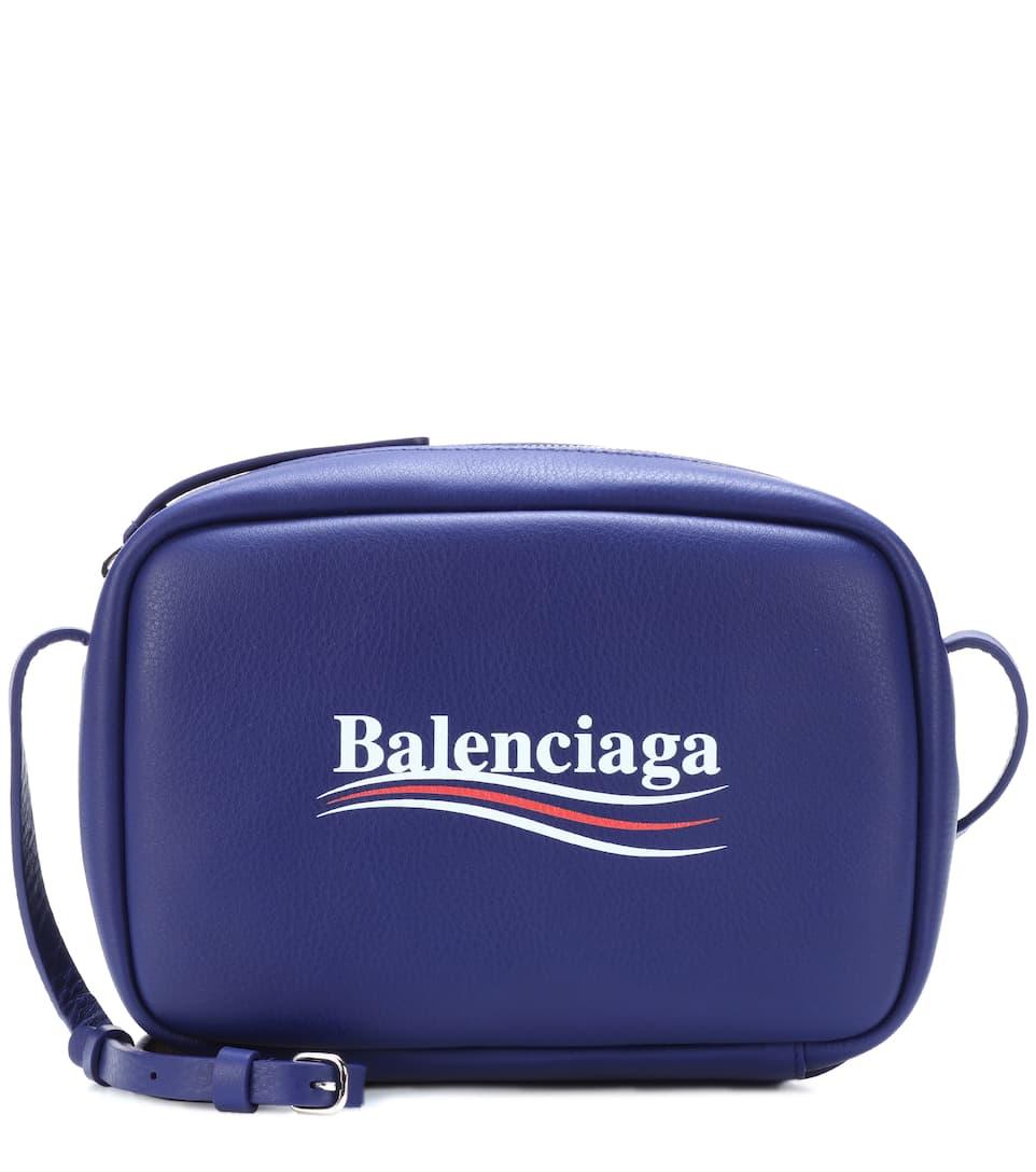 Balenciaga Bedruckte Crossbody-Tasche aus Leder