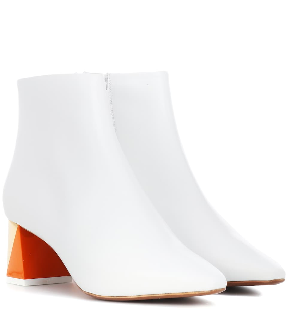 ALPHA LEATHER ANKLE BOOTS