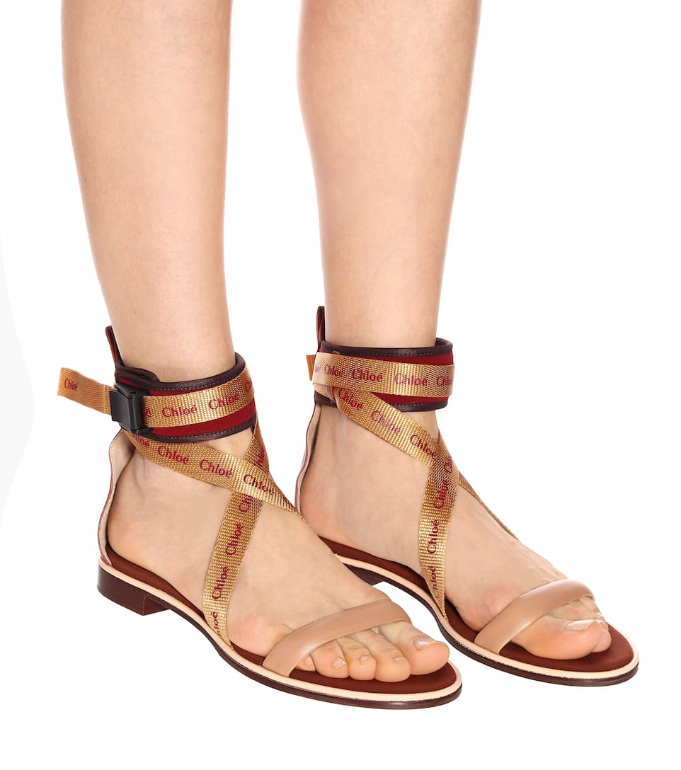 00c671a7412a0 Veronica leather sandals. Chloé