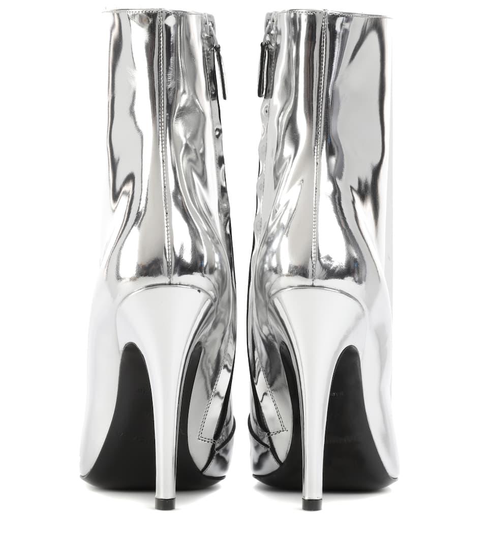 Balenciaga Ankle Boots Slash Heel aus Metallic-Leder