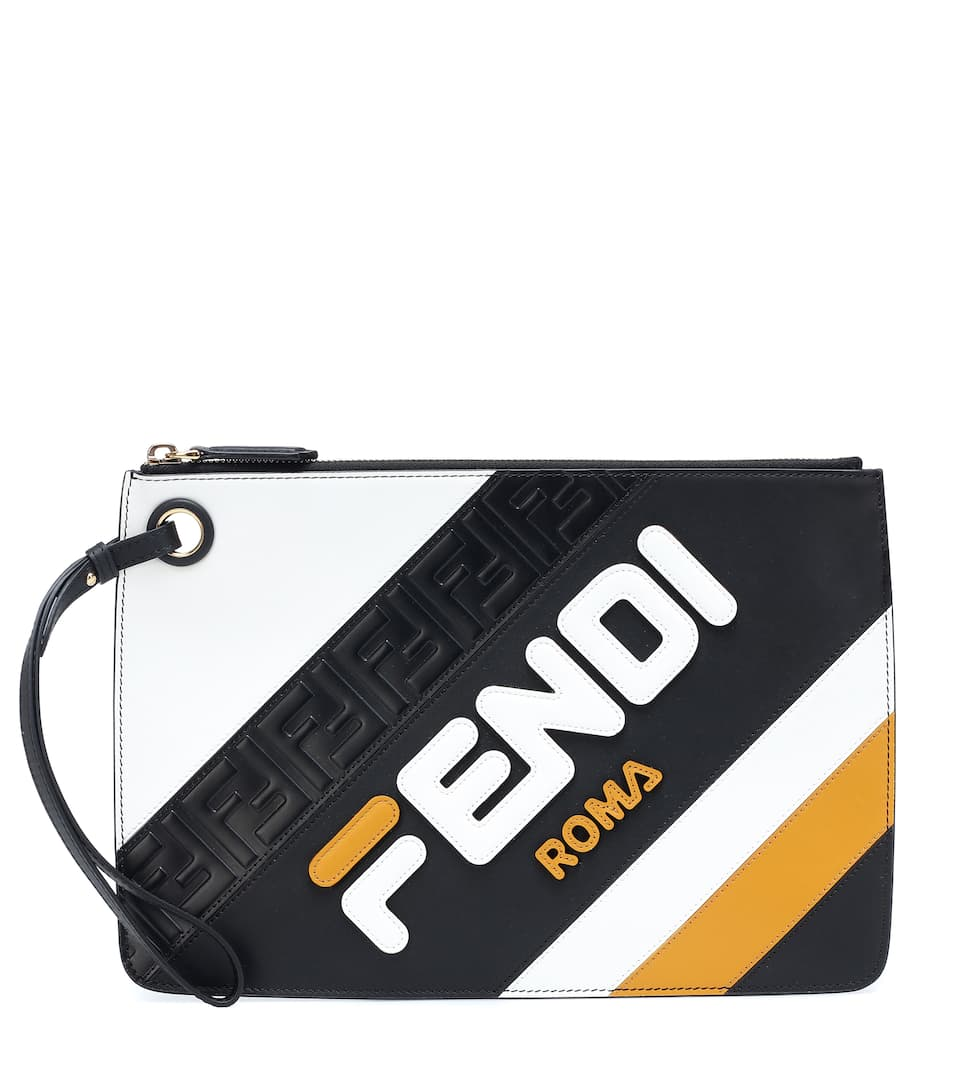 f2dfac1be0f8 Fendi Mania Leather Clutch - Fendi