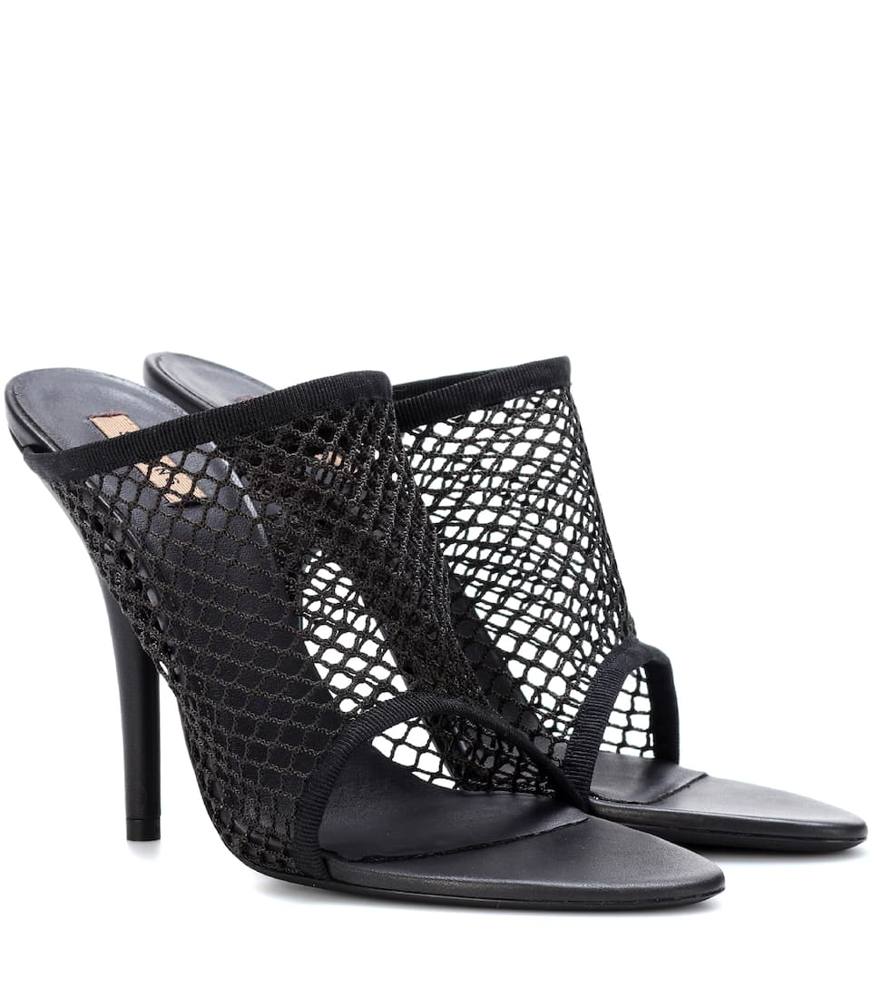 Mesh Sandals (Season 6) in Black