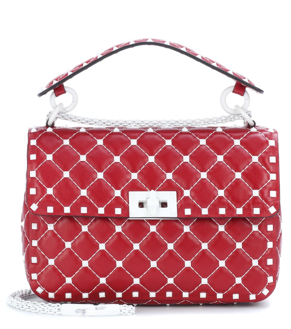 Outlet New Arrival Perfect Cheap Price Valentino Valentino Garavani Free Rockstud Spike Medium leather shoulder bag Rosso Cheap Release Dates Store Cheap Online GWh7Haj