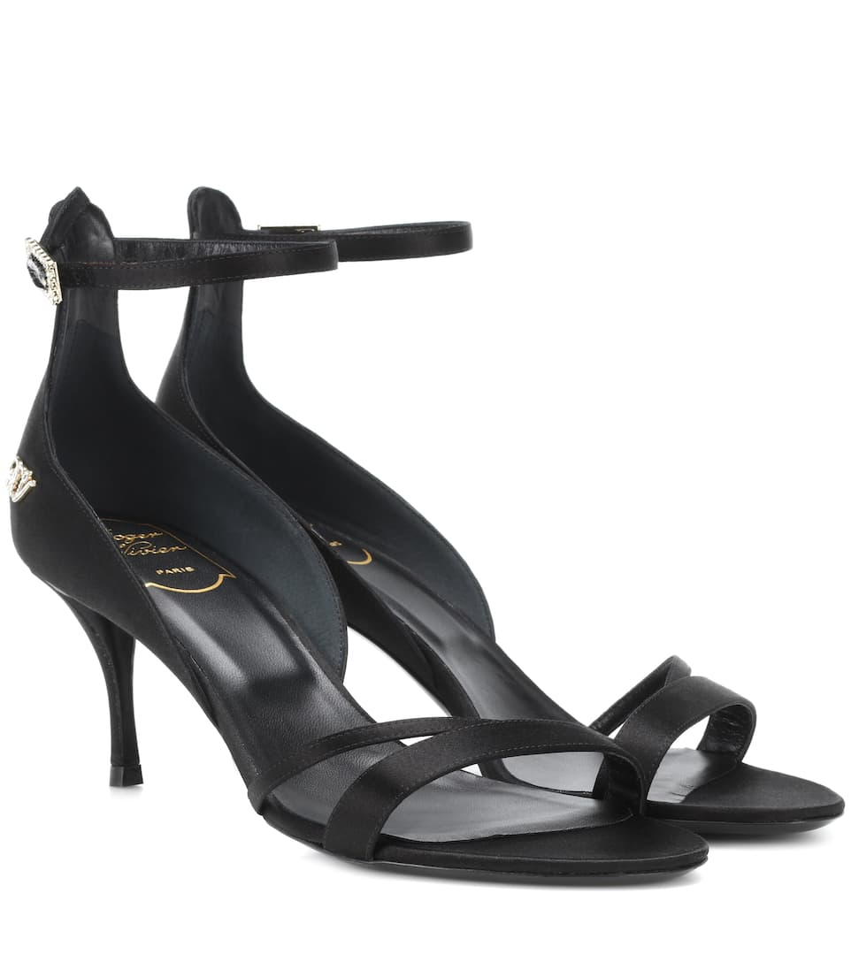 Roger Vivier Satin sandals Black Buy Cheap Manchester Explore Cheap Price Low Price Fee Shipping Online New Sale Online nQ5OTzbtO