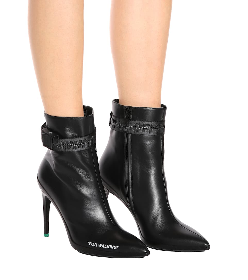 Off-White Ankle Boots For Walking aus Leder