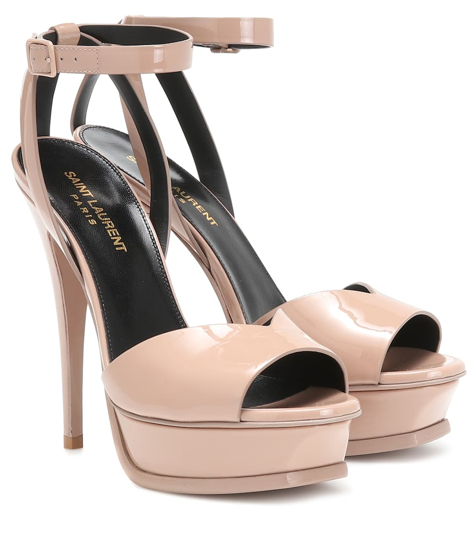 Tribute Lips 105 patent leather sandals