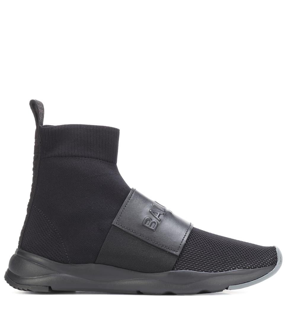 Balmain Sneakers aus Leder und Mesh