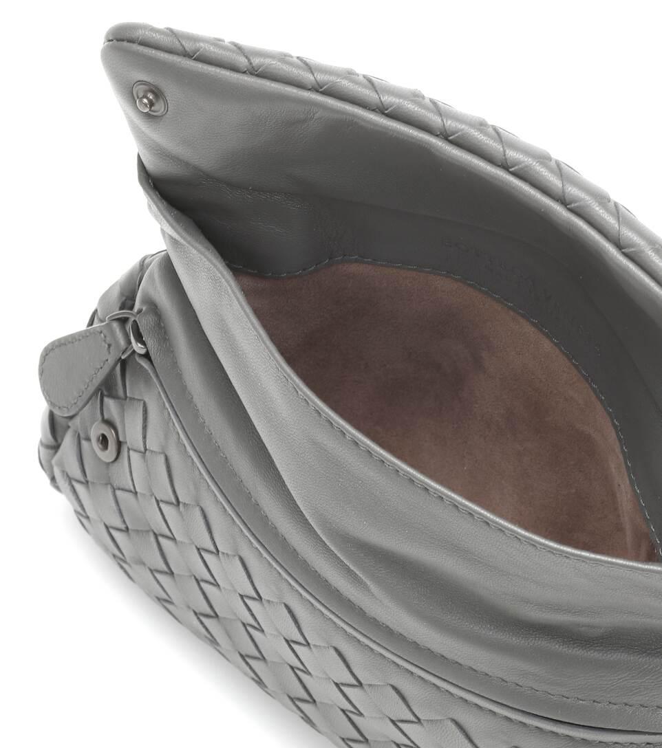 Bottega Veneta Schultertasche aus Intrecciato-Leder