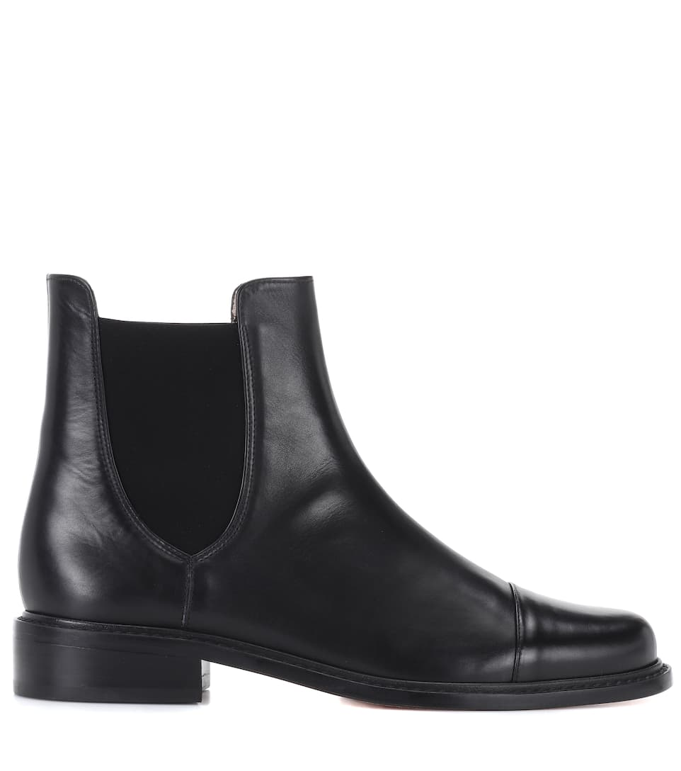 Charlene Bronson leather Chelsea boots Stuart Weitzman ykGlKnWX