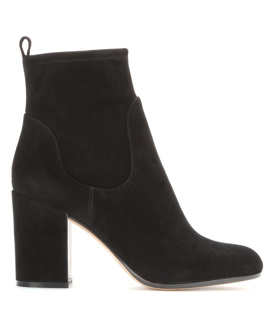 gianvito chunky heel suede ankle boots in eero