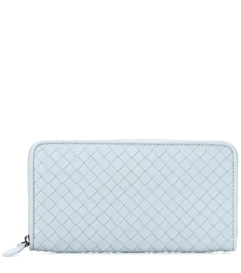 Intrecciato Leather Wallet in Female