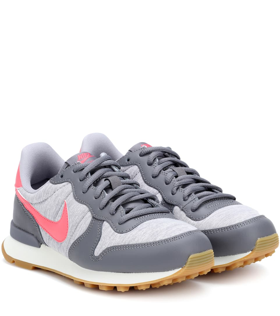 INTERNATIONALIST PREMIUM SNEAKERS