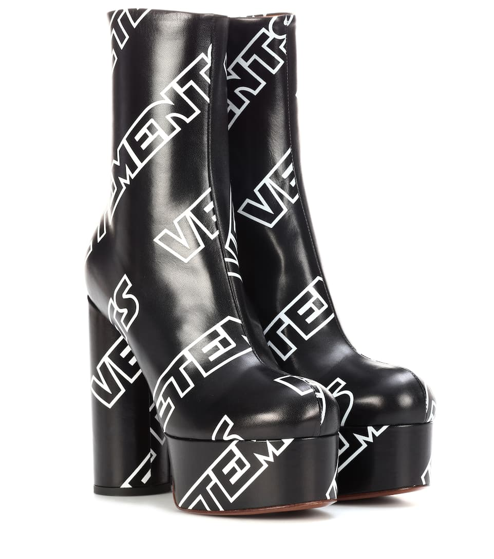130MM LOGO PRINT LEATHER PLATFORM BOOTS