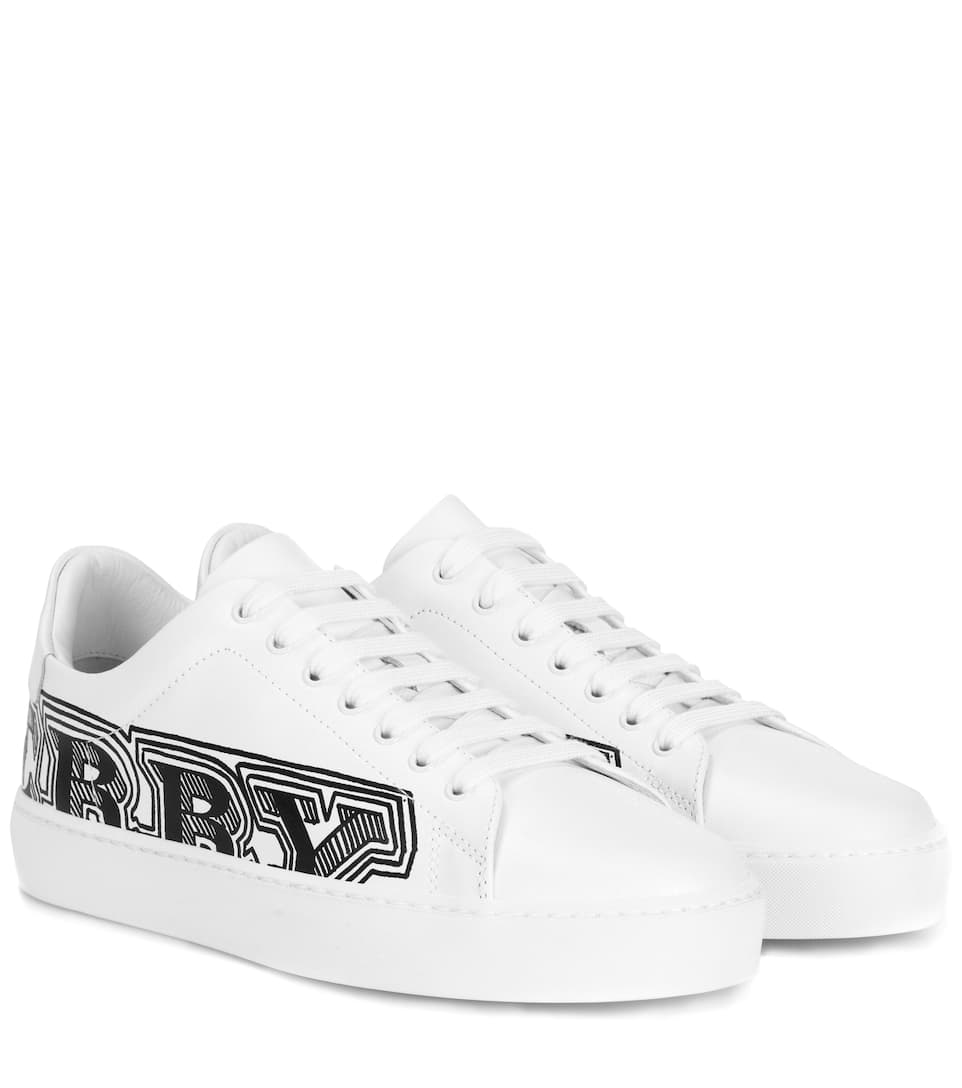 Graffiti Print Leather Sneakers - White Burberry 4vYMYERYL