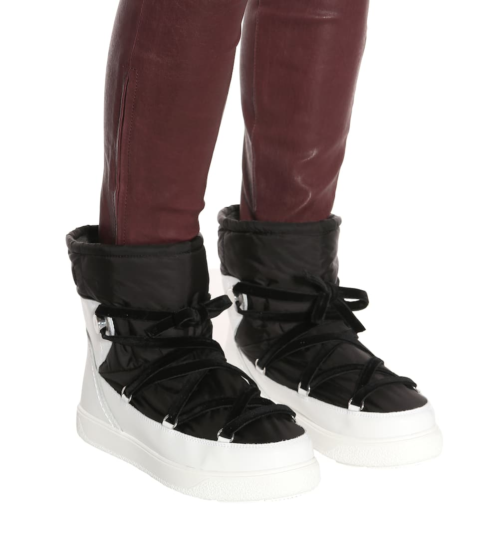 Stephanie Ankle Boots   Moncler