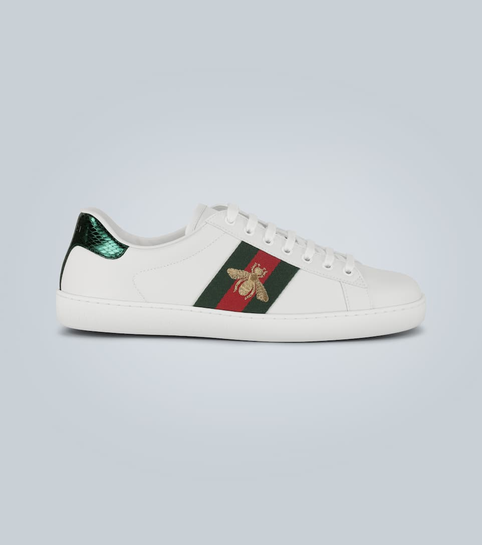 Gucci Ace Embroidered Low-top Sneakers In White Leather