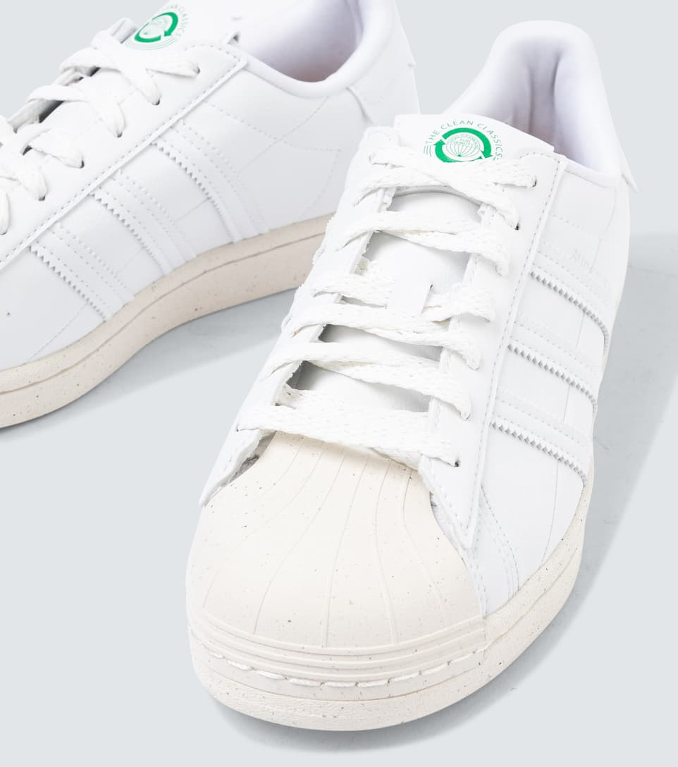 Clean Classics Superstar sneakers