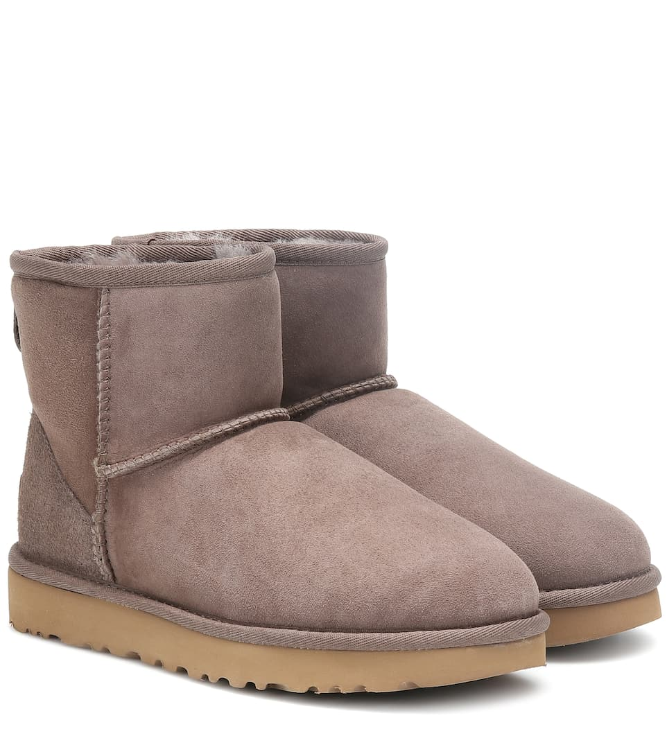 Beige Ugg Boots With Fur Brown Loafers With A White Sole