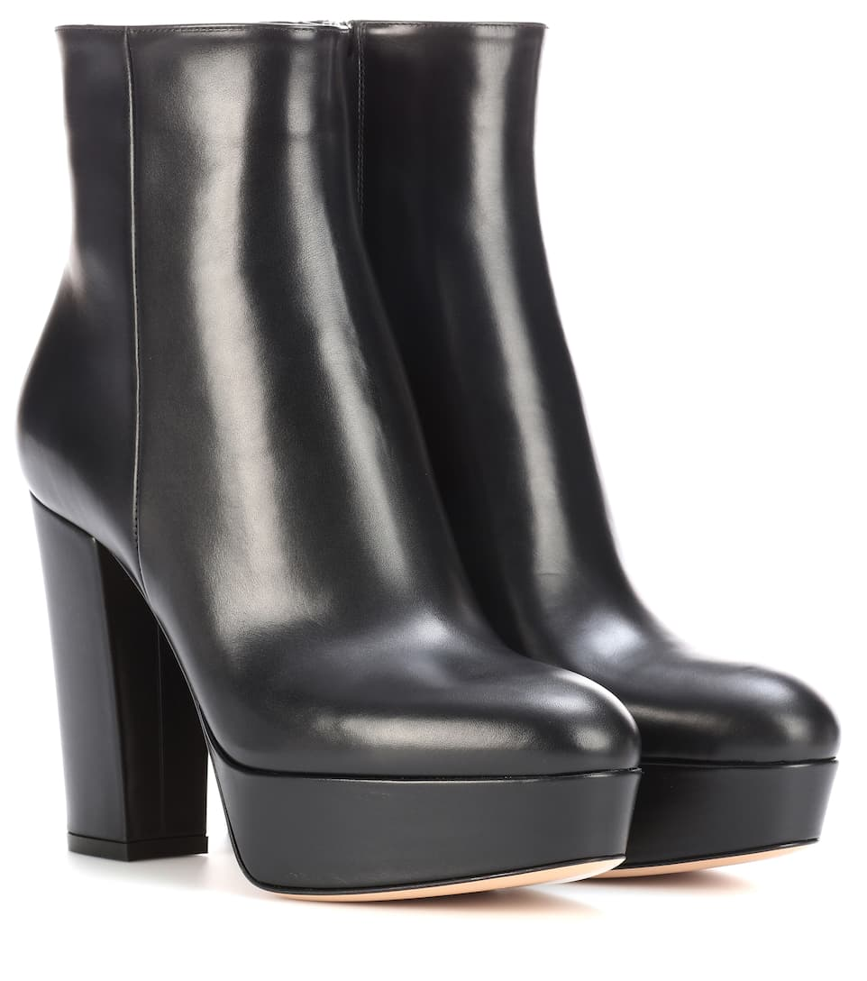 Gianvito Rossi Ankle Boots Temple aus Leder