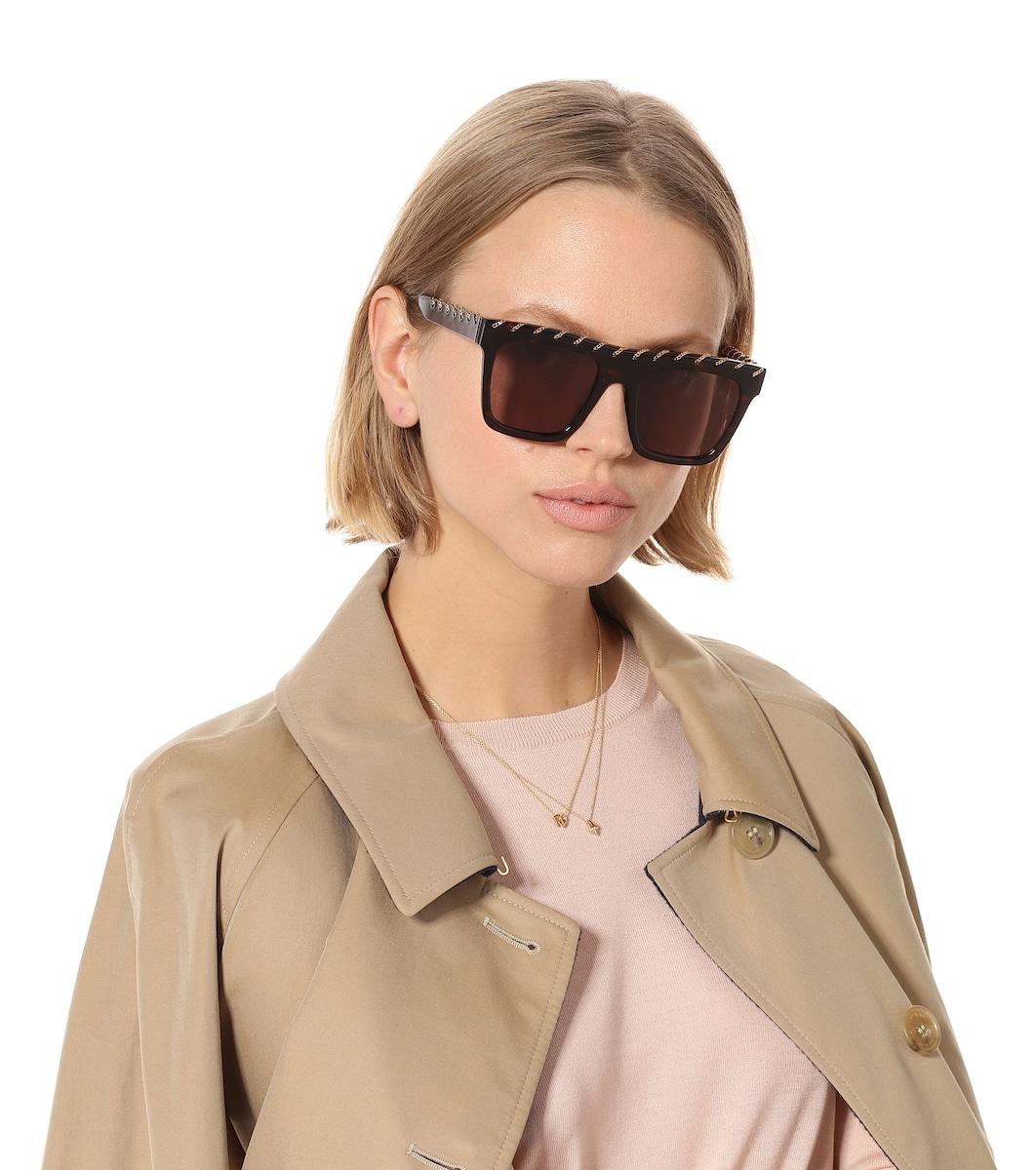4f7aebefbcd53 Falabella Chain Square Sunglasses
