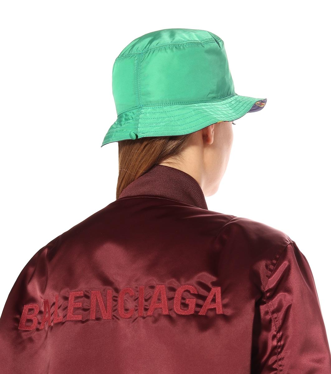 20c0a1b99d9 Reversible Bucket Hat - Gucci | mytheresa.com