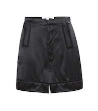 Shorts in seta