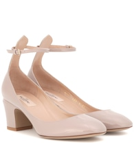 Valentino Garavani Pumps Tan-Go aus Lackleder