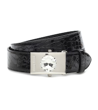 Croc-effect patent leather belt