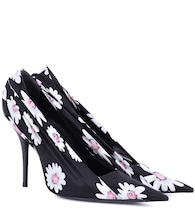 Floral-printed satin pumps