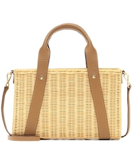 Daisy straw shoulder bag