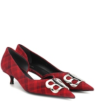 BB plaid pumps