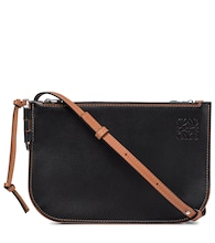 Gate leather clutch