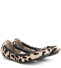 Exclusive to Mytheresa – Leopard-print calf hair ballet flats