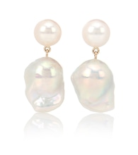 Venus Blac 14kt gold earrings with pearls