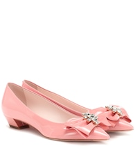 Pumps Bow Jewels aus Lackleder