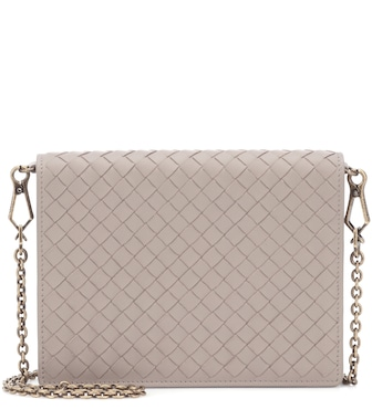 Bottega Veneta - Intrecciato leather clutch - mytheresa.com