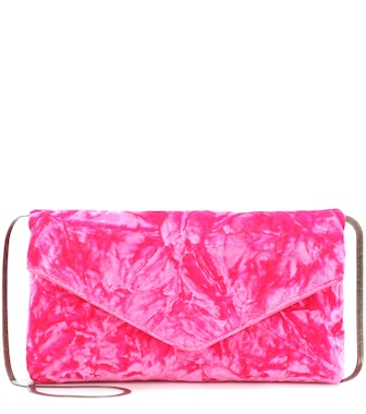 Dries Van Noten - Crushed velvet clutch - mytheresa.com